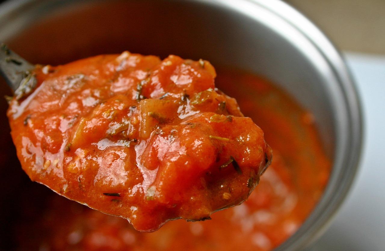 tomaten-vleessaus