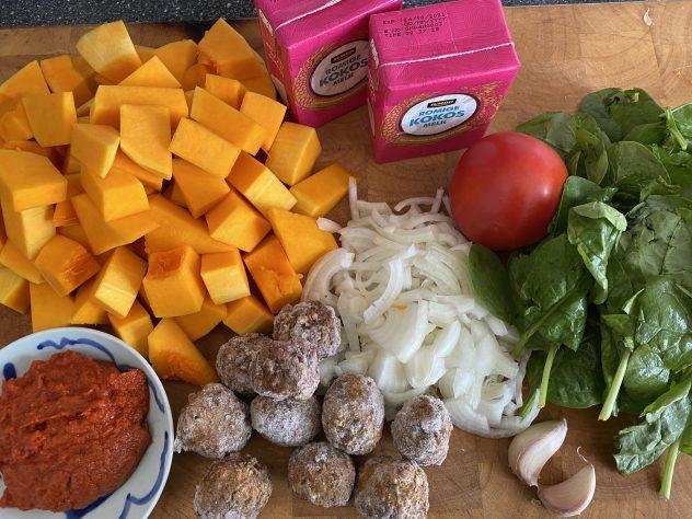 curry van pompoen en spinazie